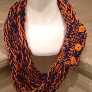 Finger Knit Scarf Images