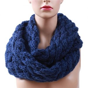 Knitting Circle Scarf