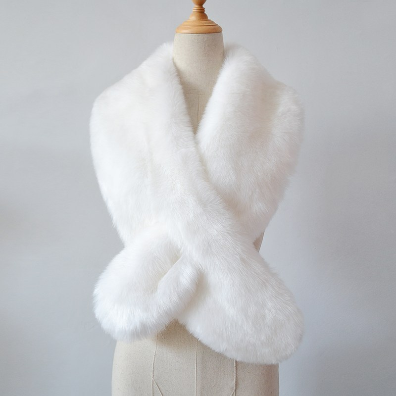 White Fur Stole >> White Fur Scarf | WorldScarf.com